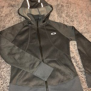 Oakley Sweaters - Oakley fleece sweatshirt.